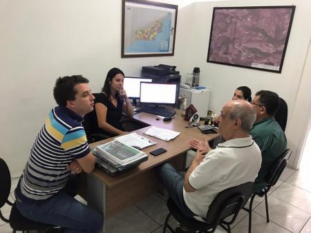 Plano Municipal de Gestão Integrada de Resíduos Sólidos começa a ser implantado no Município.